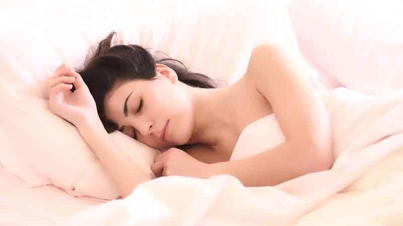 Hábitos nocturnos que nos hacen engordar