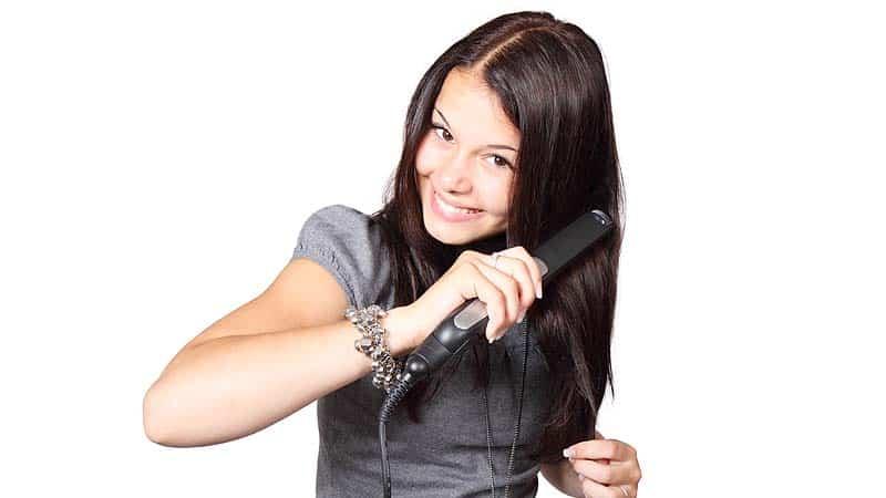 Cómo alisar el pelo rápido y fácil