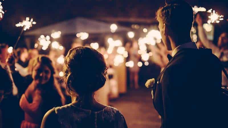 ¿Cuál es el origen de los detalles de boda?