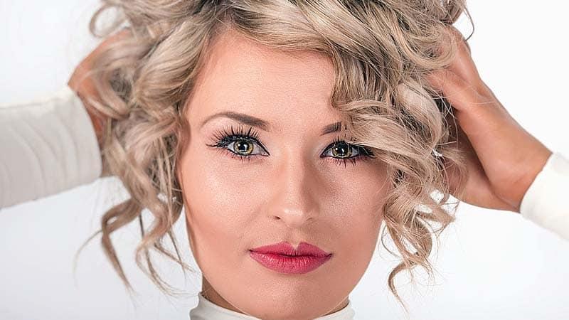Cuida y da color a tu cabello con un único producto