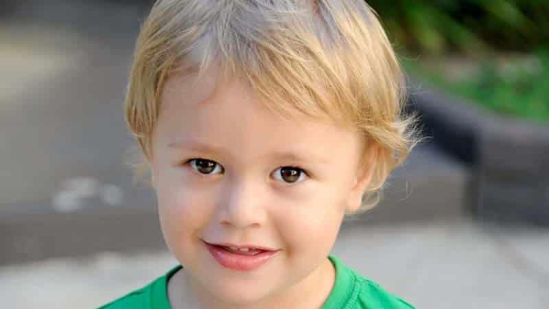 Cómo cortar el pelo a nuestros hijos con un corta pelos