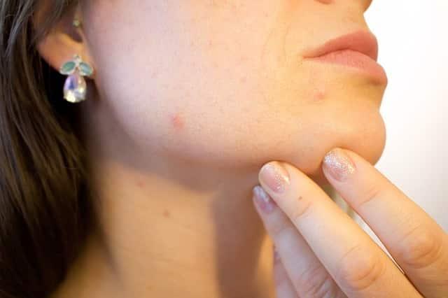 Tu propio tratamiento facial casero para limpiar la piel