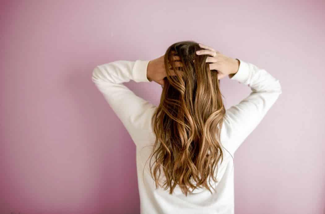 Cómo lograr un cabello brillante