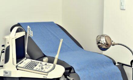 ¿Cómo es la primera visita al ginecólogo?
